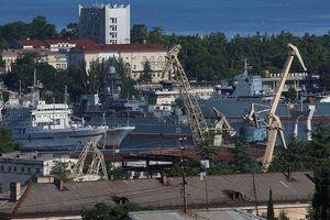 Tòa án Ukraine bất ngờ ra lệnh bắt giữ tàu Nga