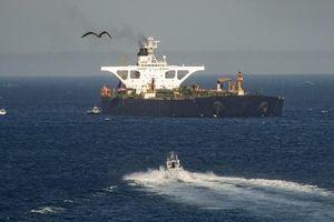 Siêu tàu dầu Grace 1 được thả tự do, Iran điều chiến hạm đến hộ tống