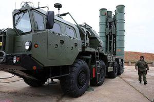 S-400 khoe hỏa lực dũng mãnh, bẻ gãy cuộc tấn công ồ ạt của kẻ thù?