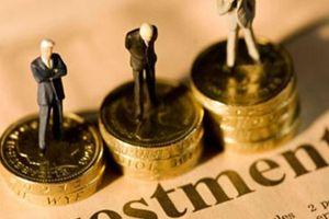 VN-Index giảm 0,9% so với cùng kỳ, nhà đầu tư ngoại vẫn 'rót vào' 843 triệu USD