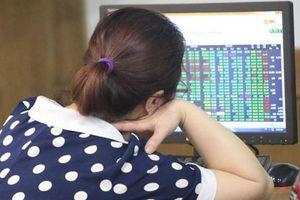 Chứng khoán ngày 19/8: VN-Index bảo toàn ngưỡng 980 điểm