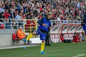 Công Phượng ngồi ghế dự bị nhìn STVV thua hai bàn không gỡ