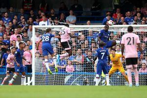 Công làm thủ phá, Chelsea bị Leicester cầm hòa ngay tại Stamford Bridge