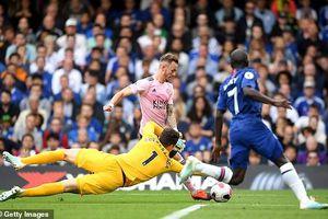 Hòa thất vọng Leicester, Chelsea chìm nghỉm ở nhóm cuối bảng