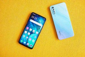 Có 7 triệu đồng, mua Vivo S1 hay Galaxy A50?