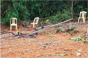 Tháo dỡ cột ăng ten, 2 kỹ thuật viên Đài PTTH huyện Tuyên Hóa rơi xuống đất tử vong