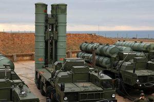 Hạm đội Nga diễn tập chống tên lửa với 'rồng lửa' S-400
