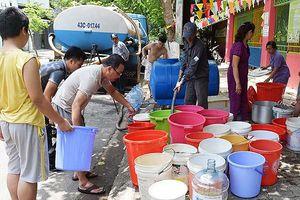 Đà Nẵng: Nhiễm mặn gay gắt, Dawaco đặt 19 bồn tạm cấp nước cho người dân