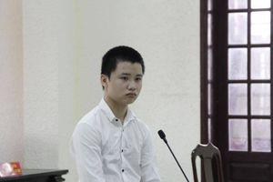 Thanh niên đâm chết người vì bị nhắc vượt đèn đỏ bị phạt 5 năm 6 tháng tù