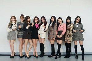 Twice trở thành nhóm nhạc nữ KPop đầu tiên đóng vai chính trong series phim tài liệu YouTube của riêng mình