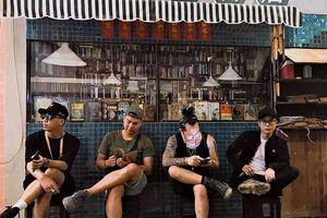 Sống ảo quên lối về tại 'Little Hong Kong' giữa lòng Sài Gòn