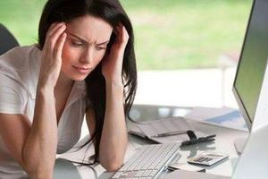 Phụ nữ dễ rơi vào căng thẳng nhất ở độ tuổi nào?