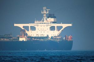 Mỹ tuyên bố sẽ hành động để ngăn chặn tàu Iran cung cấp dầu cho Syria