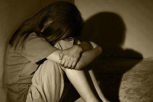 Gã cha dượng xâm hại 2 con riêng của vợ, bé 14 tuổi mang thai