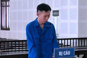 Nghi vợ ngoại tình, người chồng ở Đà Nẵng ôm 2 quả mìn đến nhà nói chuyện