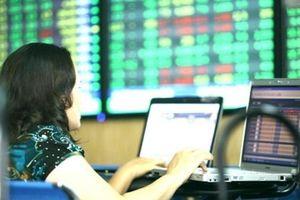 Chứng khoán ngày 21/8: VN-Index bay cao trên 'đôi cánh' ngân hàng