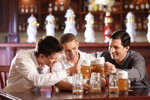 Những việc không nên làm sau khi uống bia rượu