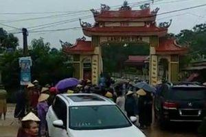 Thanh Hóa: Làm rõ việc hàng chục thanh niên hung hãn đập phá cổng làng