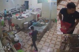 Truy tìm đối tượng tạt axít vào nhân viên phụ bếp