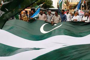 Ấn Độ và Pakistan trên miệng hố chiến tranh