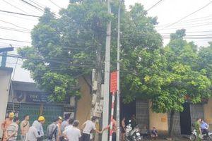 Phú Xuyên (Hà Nội): Một công nhân bị điện giật tử vong khi leo lên cột điện