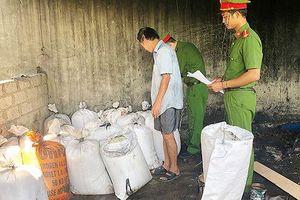 Hơn nửa tấn mỡ bẩn được chế biến để bán tại Hà Tĩnh