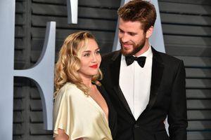 Liam Hemsworth nộp đơn ly hôn Miley Cyrus