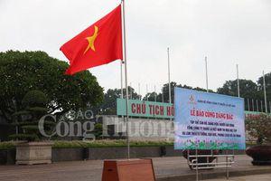 Tổng công ty Thuốc lá Việt Nam báo công dâng Bác