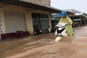 Phú Quốc lại chìm trong biển nước sau cơn mưa kéo dài 2 giờ đồng hồ