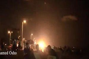 Quân đội Israel dội tên lửa nhắm trúng căn cứ hải quân của Hamas