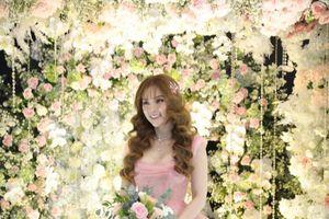 Chân dung người thiết kế váy cưới cho ca sĩ Thu Thủy