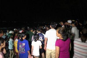 Đã tìm thấy thi thể 4 sinh viên bị sóng cuốn ở biển Bình Thuận
