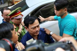 Ông Nguyễn Hữu Linh nộp kháng cáo ngay sau khi tòa tuyên án