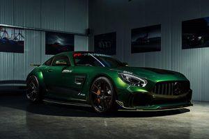 Mercedes-AMG GT R hầm hố hơn với gói độ đắt ngang một chiếc ôtô