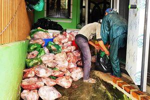 Chủ cơ sở trữ 8 tấn thịt heo 'bẩn' bị phạt hơn 100 triệu đồng