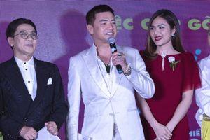 Hồng Đào vắng mặt trong buổi ra mắt phim đóng cùng Quang Minh