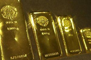 Khả năng Fed giảm lãi suất giảm đi, vàng xuống thấp nhất 2 tuần