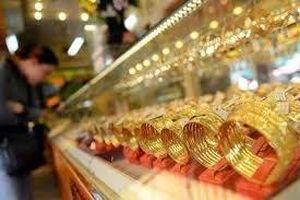 Giá vàng hôm nay 23/8: Vàng 9999, vàng SJC tiếp tục giảm thêm, dân vội vàng bán tháo