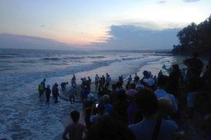 4 sinh viên bị sóng lớn cuốn mất tích khi tắm biển Phan Thiết: Tìm thấy thi thể cuối cùng