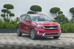 Kia Seltos giá từ 300 triệu đồng tại Ấn Độ, 'quyết đấu' Hyundai Kona