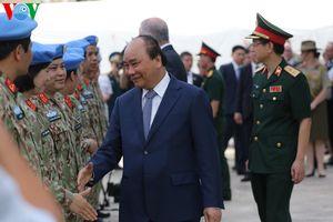 Thủ tướng Australia thăm bệnh viện dã chiến cấp 2 của Việt Nam