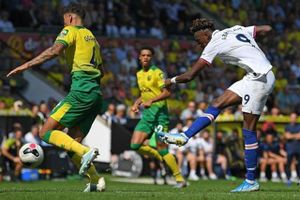 Chelsea thắng kịch tính Norwich 3-2 trên sân khách