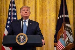 Tổng thống Mỹ phát lệnh tăng thuế ở mức choáng váng với 550 tỉ USD hàng Trung Quốc