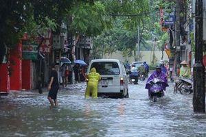 Hà Nội bao giờ thoát cảnh mưa là lo ngập?