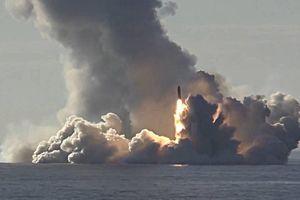 Tàu ngầm Nga phóng 'siêu tên lửa thách thức mọi đối thủ' trên biển