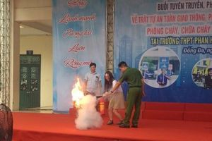 Nâng cao ý thức chấp hành pháp luật cho học sinh THPT Phan Huy Chú