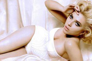 Scarlett Johansson là nữ diễn viên kiếm tiền nhiều nhất năm qua