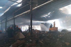 Cháy kinh hoàng tại nhà máy giấy thiệt hại trên 1 tỷ đồng