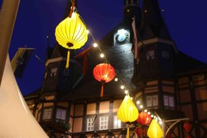 Kỷ niệm 5 năm kết nghĩa, phố cổ Đức được thắp sáng bằng hàng trăm chiếc đèn lồng Hội An