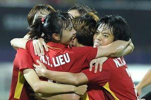 Hạ chủ nhà Thái Lan, tuyển nữ Việt Nam vô địch AFF Cup